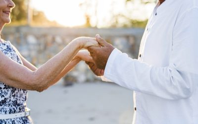 Common Senior Care Problems Caregivers Face and How to Navigate
